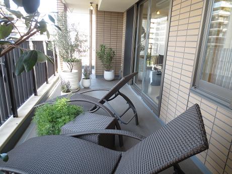 広尾ガーデンフォレスト、広いバルコニー