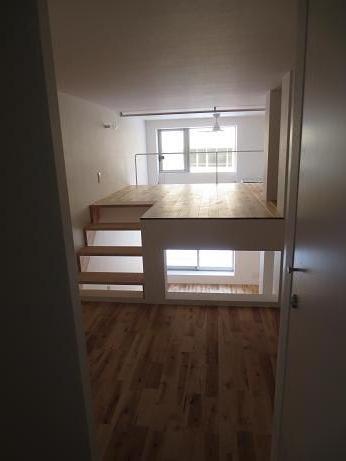 立川アパートNo2螺旋階段上がったところ2
