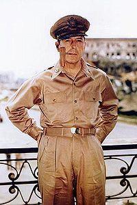 Douglas_MacArthure.jpg