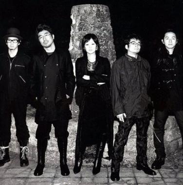 東京事変解散武道館ライブ椎名林檎画像シンガポール3