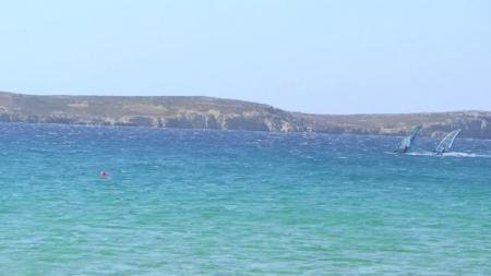 パロス ゴールデンビーチでのウィンドサーフィン