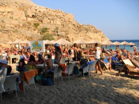 ミコノス 夕方のスーパーパラダイスビーチ