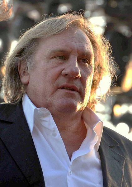 424px-Gérard_Depardieu_Cannes_2010