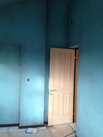 個室3ドア