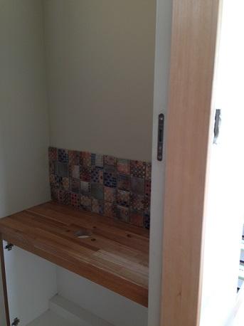 2階トイレタイル2