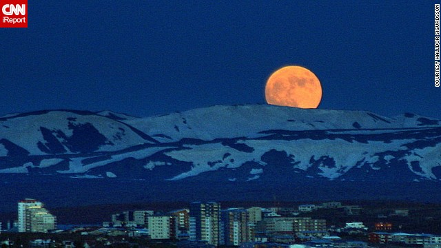 120506021905-super-moon-05-horizontal-gallery.jpg