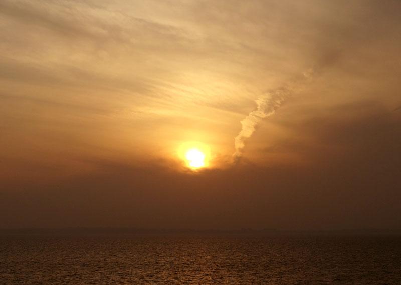 130317東京湾フェリー夕景2