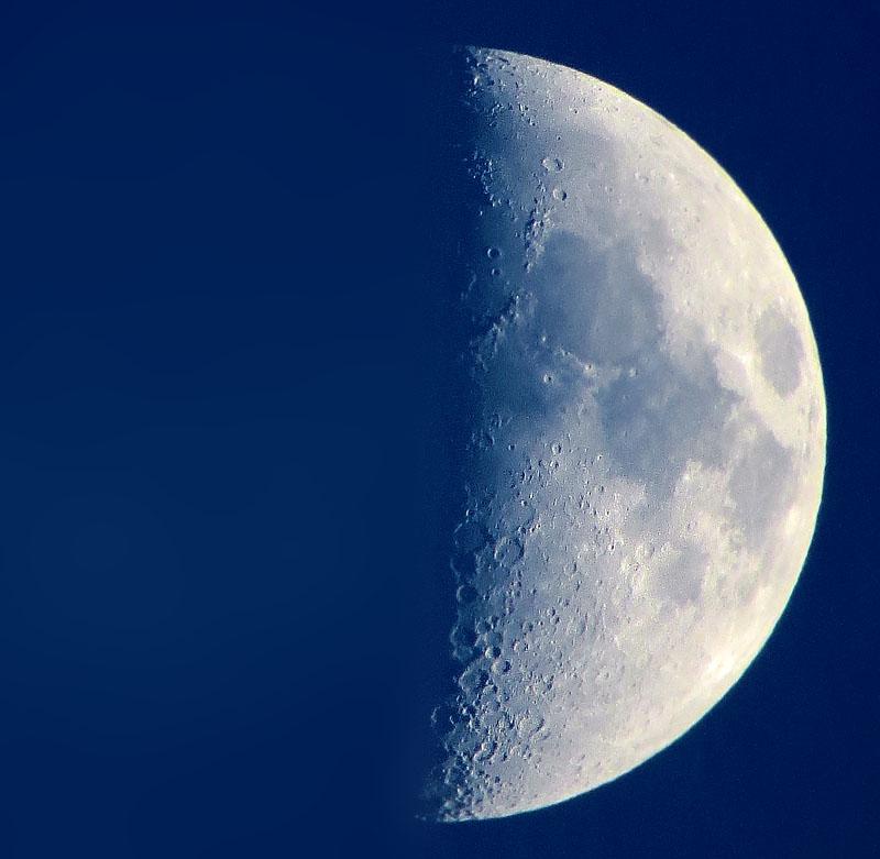 130615Half Moon1