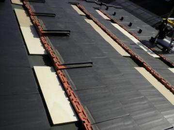 12.瓦木板作業