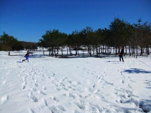 H26.雪遊び-16