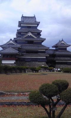 五重六階の木造天守閣、日本最古の松本城