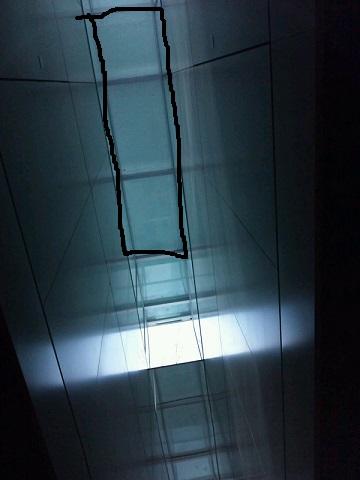20131128用・地下歩行空間の天窓