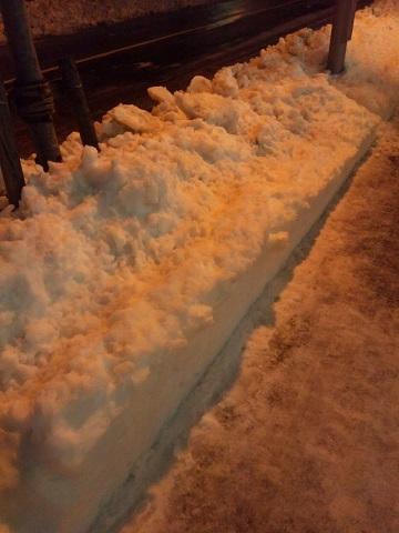 20131216用・雪かきされた歩道