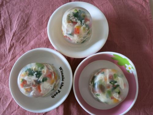 朝ご飯 チキンと野菜たっぷりジュレ