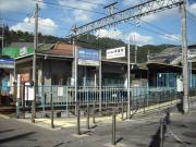 ひよどり越駅1