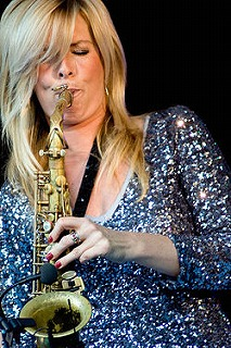 s-Candy Dulfer