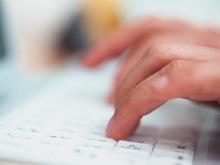 【復縁ブログ】復縁アドバイザー浅海 公式ブログ-パソコンを打つ手