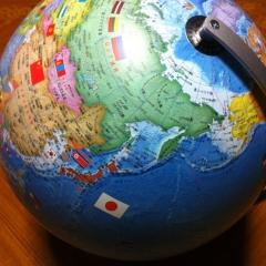 20131206国旗付地球儀