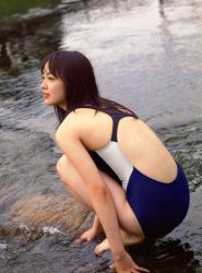 朝倉あきの水着画像