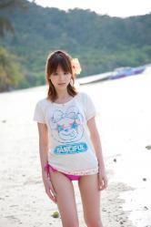 平野綾の水着画像