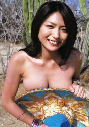 川村ゆきえの水着画像