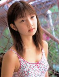 小倉優子の水着画像