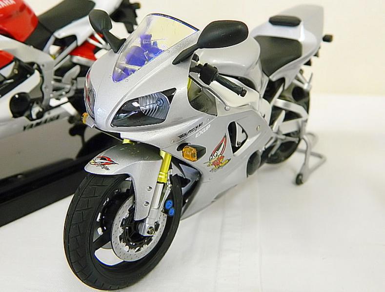 YZF-R1タイラレーシング