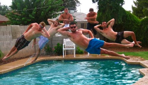 プール飛び込み