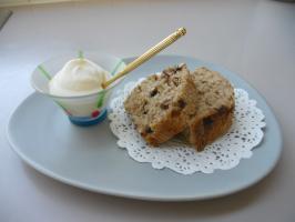 Cream & choco bread - B