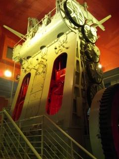 船の科学館オフ会 巨大エンジン