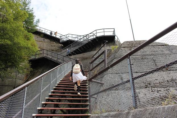 黒部ダム:黒部ダム 階段