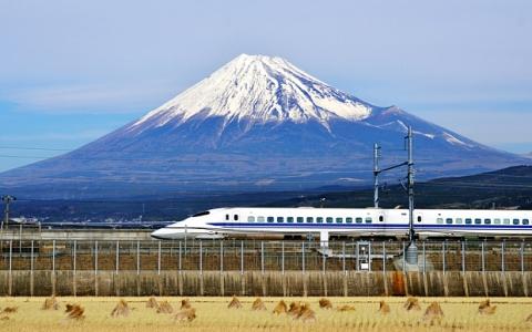 japan-bullet-train.jpg