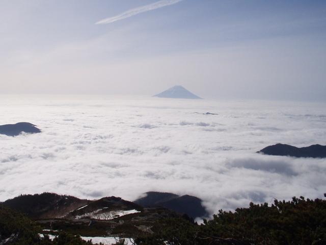 南アルプス-北岳(夜叉神・池山吊尾根)H16・5・1~5・3③ 024