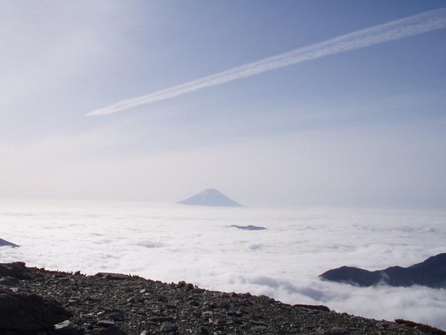 南アルプス-北岳(夜叉神・池山吊尾根)H16・5・1~5・3③ 033