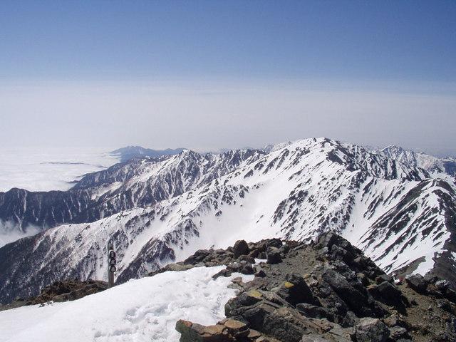 南アルプス-北岳(夜叉神・池山吊尾根)H16・5・1~5・3 008