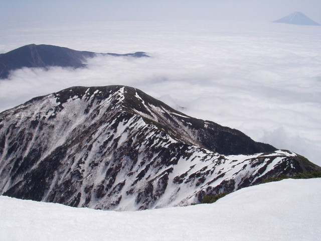 南アルプス-北岳(夜叉神・池山吊尾根)H16・5・1~5・3② 010