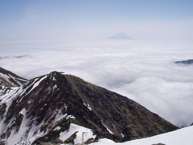 南アルプス-北岳(夜叉神・池山吊尾根)H16・5・1~5・3 024