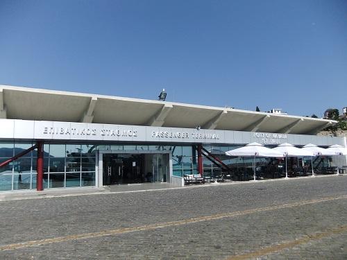 カヴァラの港