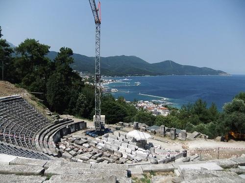 タソス_リメナスの古代劇場 (1)