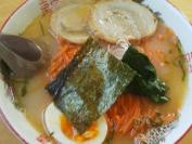 らーめんキッチンNaru-to 塩ラーメン(とんがらし麺)
