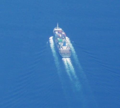 27貨物船