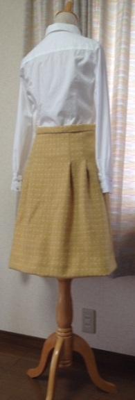 黄ウールスカート3