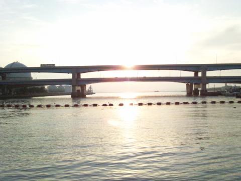 お汐いとりの海岸…の夕日~♪