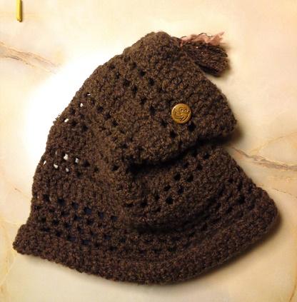 編み帽子? (1)