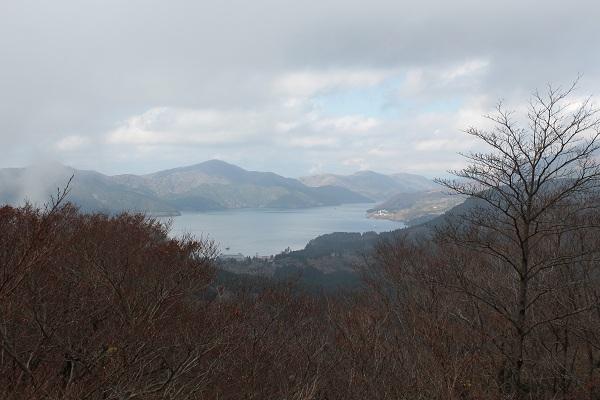 天閣台から芦ノ湖
