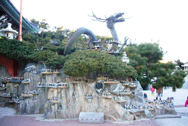 海東龍宮寺 龍の像