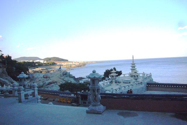 海東龍宮寺 本堂から眺める海