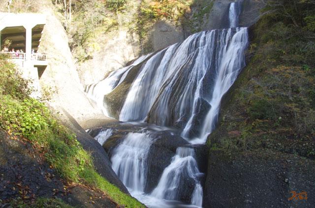 20131116袋田の滝10
