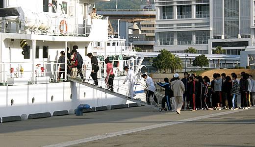 クルーズ客船 CALEDONIAN SKY初入港-5