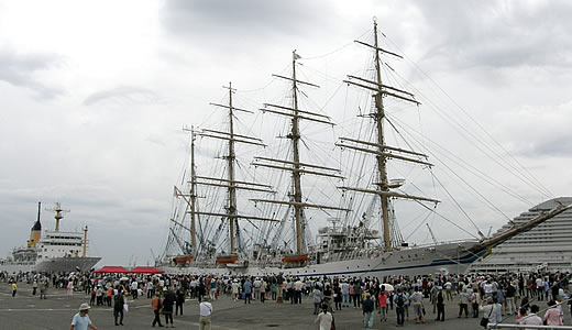 練習帆船 日本丸 セイルドリル( 総展帆)